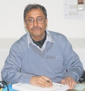 Dr. Satish Chakravarty